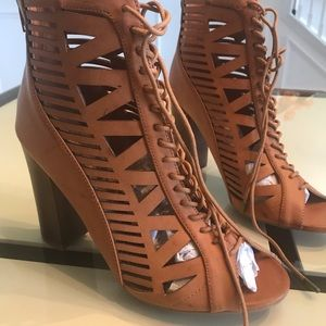 Shoes - Shoe booties
